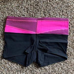 EUC Lululemon old scool reversible boogie shorts